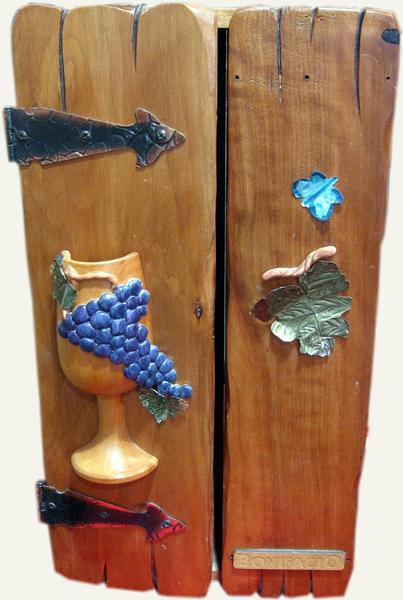 caja para un vino hecha en ciprs decorada with cajas de vino decoradas